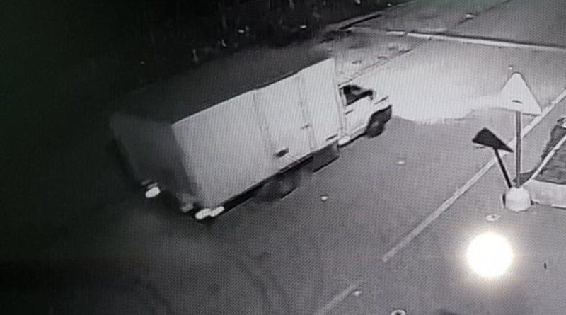 Cesa. Sversamenti abusivi in zona Arena. Le telecamere riprendono il camion  autore dello scarico – atellanews.it